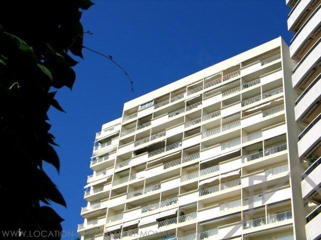 Monaco/ Chambre De Bonne Avec Vue Agréable Sur Jardin   Location  Du0027appartements à Monaco