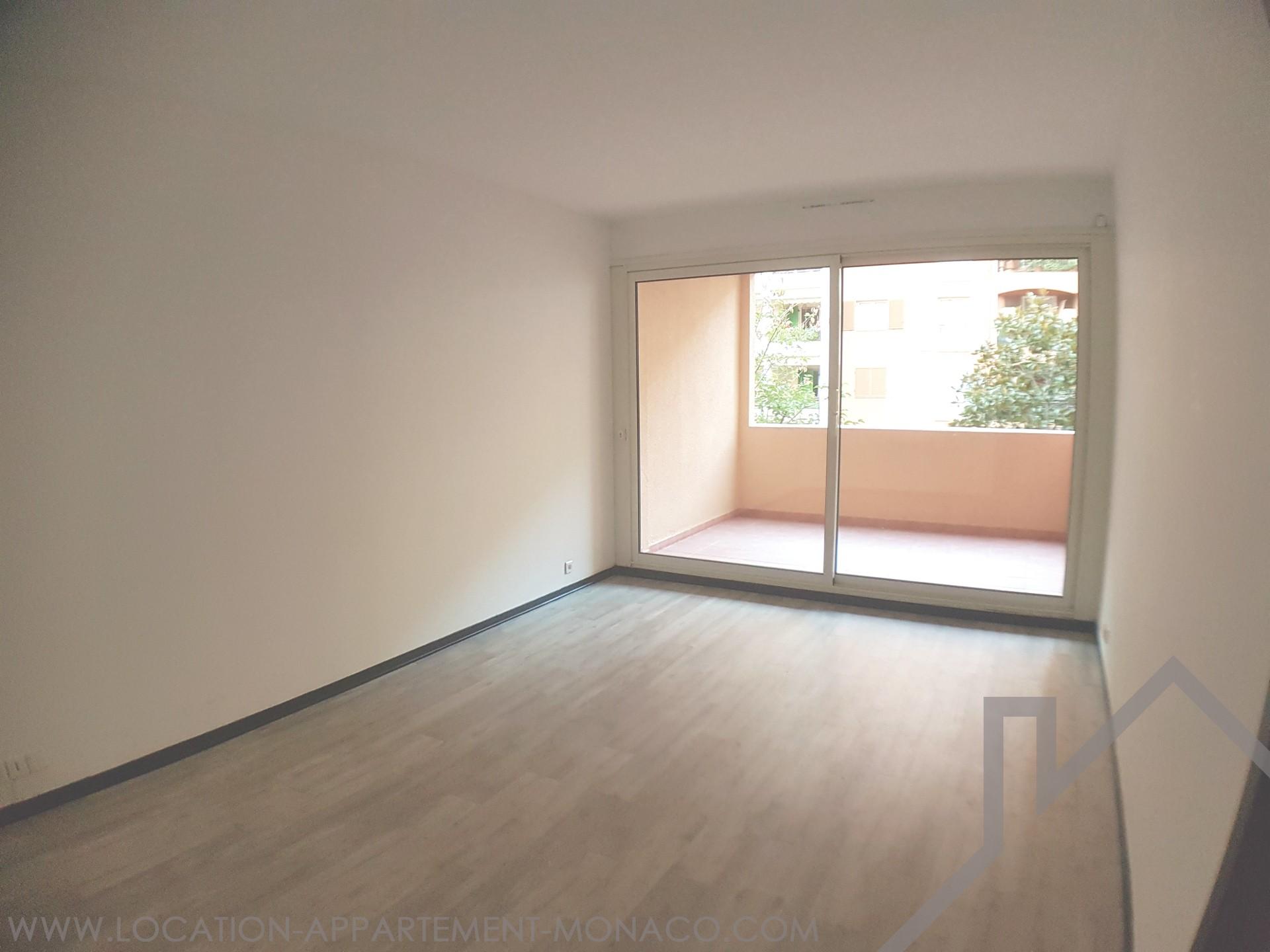 Spacieux studio sur fontvieille location d 39 appartements monaco - Studio appartement m ...