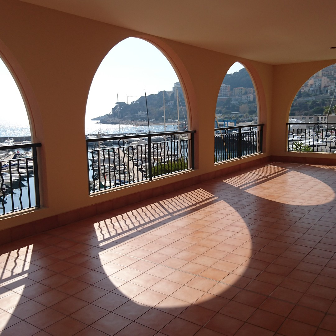Fontvieille - Grand appartement vue sur le port